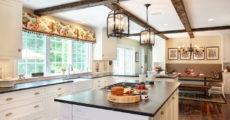 8 cách treo đèn lối vào, bếp và phòng để đồ